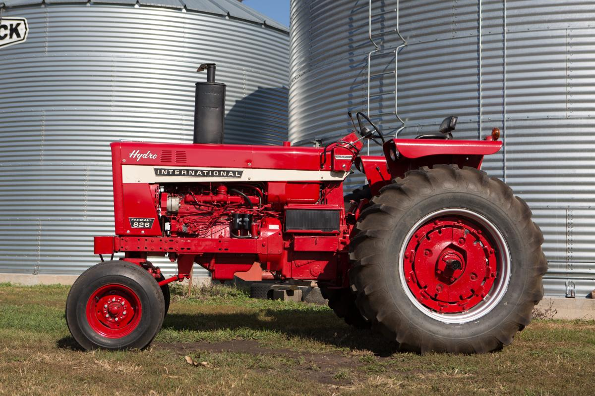 Gold Demonstrator IH 826 Hydro   Posted   Pinterest   Ih and Tractor