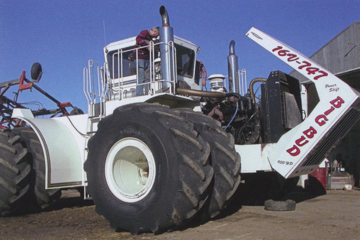 Big Bud 747 >> The Big Bud 16v 747 Tractor Octane Press