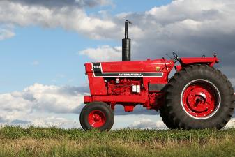 case 7130 tractor problems